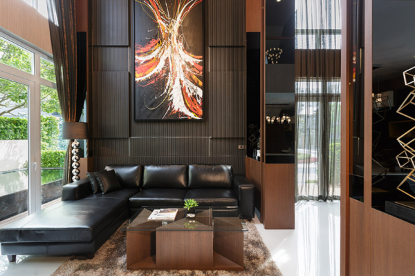"""5 things to look at the """"sofa""""in the showroom"""